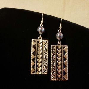 Mauna Kea Tribal Pearl earrings